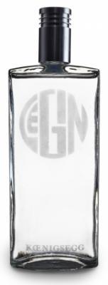 LeGin ist ein Premium Produkt. Inhalt und Flasche sind einzigartig. Das einmalige Geschmackserlebnis von LeGin beruht auf der Komposition der Ingredienzien (u.a. Wacholder, Ingwer, Koriander, Zitronen) und der eigens dafür entwickelten Brennmethode.