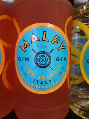 Malfy Gin aus Moncalieri im Piemont mit Orangeninfusion.