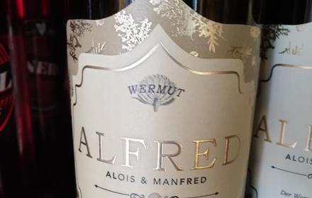 Klassisch, feingliedrig und fruchtbetont sind die Grundweine von Manfred Tement